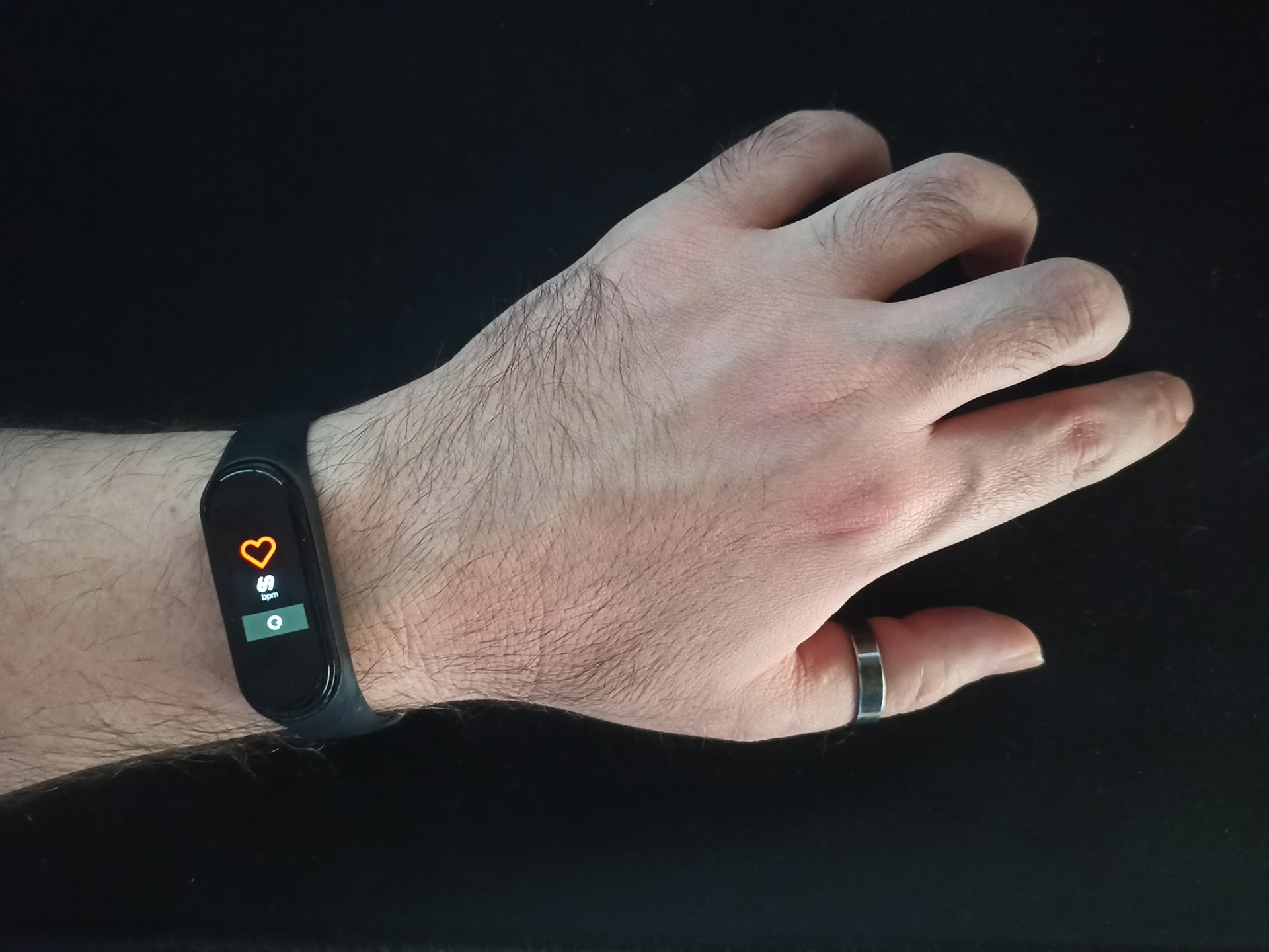 Learn How to Measure Heart Rate at Home - Best Apps to Download
