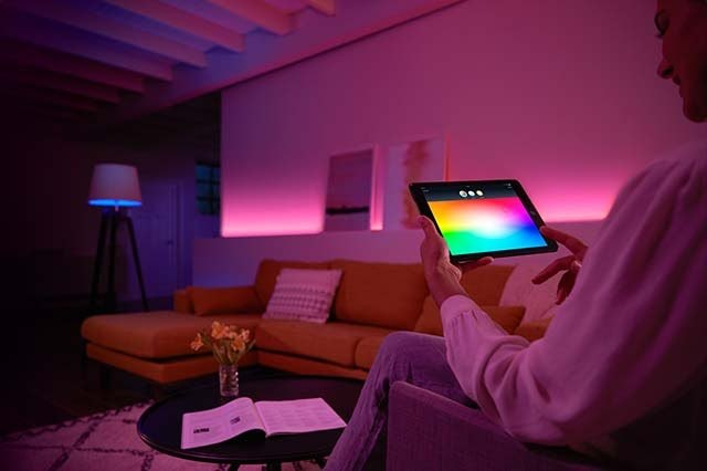 Learn How To Download An App That Is Able To Regulate Home Lighting