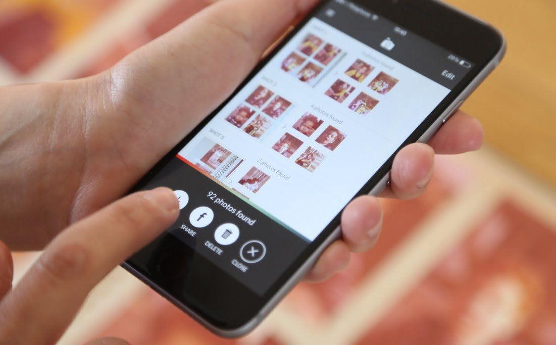 How to Use the Photomyne App